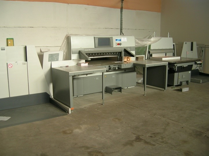 Image of Used Polar 137 X Plus Guillotine For Sale
