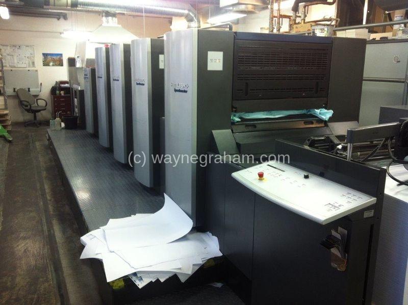 Bild von Gebrauchte Heidelberg Speedmaster 74-4-PHL Vierfarbendruckmaschine mit Lackierwerk